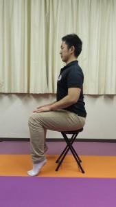 背屈運動(座)①